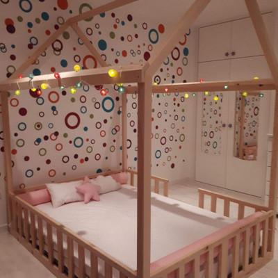 Os quartos montessori ficam maravilhosos com camas palácio